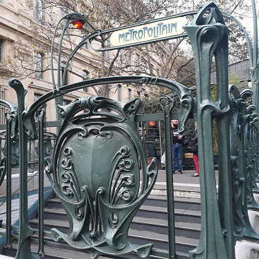 Picture of the Art Nouveau entrance to a metro station in Paris
