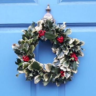 Picture of a wreath on Clarendon Street