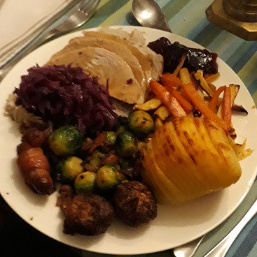 Picture of a plate of food from the Muscle Food EasyCook Three Course Christmas Recipe Box