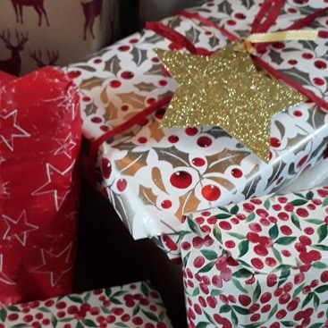 Picture of presents in wrapping paper for my merry christmas post