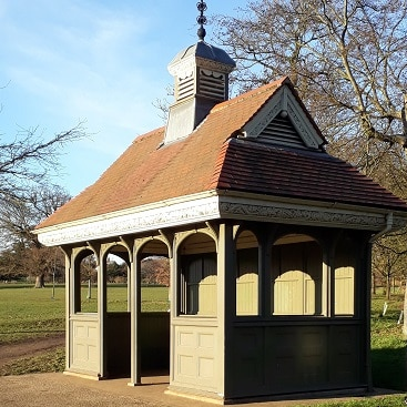 Picture of the cabman's shelter in Christchurch Park for my post on the cost of delay when investing