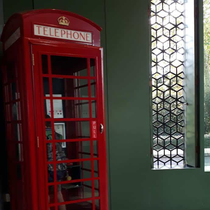 Picture of a phone box for my post on how to save on breakdown cover
