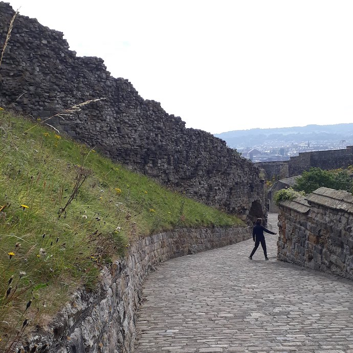 Picture of the path and walls at Scarborough Castle